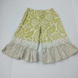 Persnickety ruffle bottom crop pants size 3Y